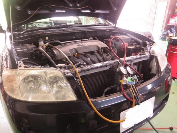 エアコン修理(カローラフィルダー・NZE121G) (1).JPG