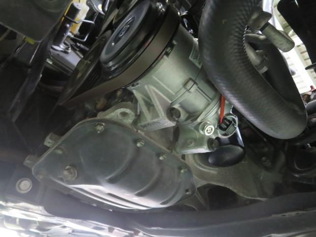 エアコン修理(カローラフィルダー・NZE121G) (4).JPG