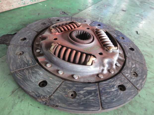 クラッチ交換(ミラ・L275V) (6).JPG