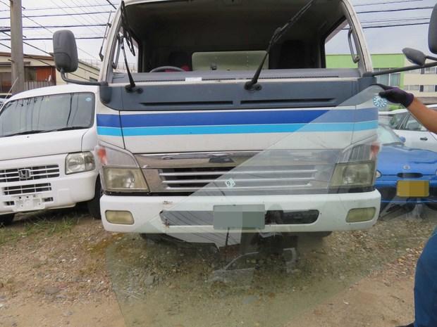 フロントガラス交換・キャンター(PA-FE82DEV) (4).JPG