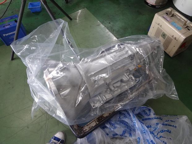 修理_スカイライン(E-HCR32)_2.JPG