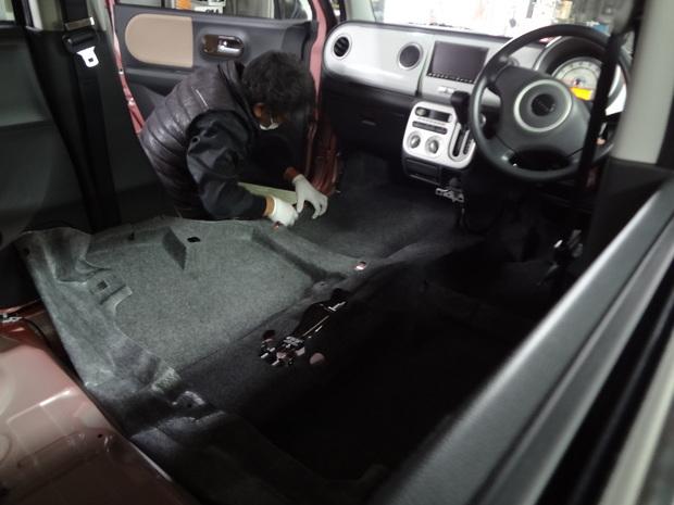 車内クリーニング(味噌汁)_ラパン(DBA-HE22S)_10.JPG
