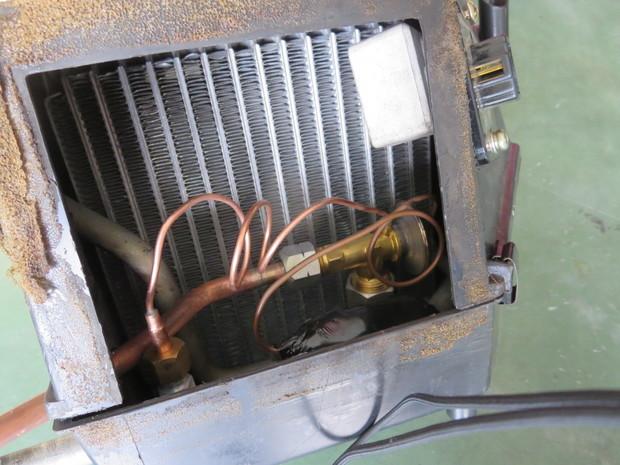 S54ローレル・エアコン修理_3.JPG