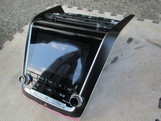 TVキャンセラー取り付け・クラウン(AZSH20) (1).JPG